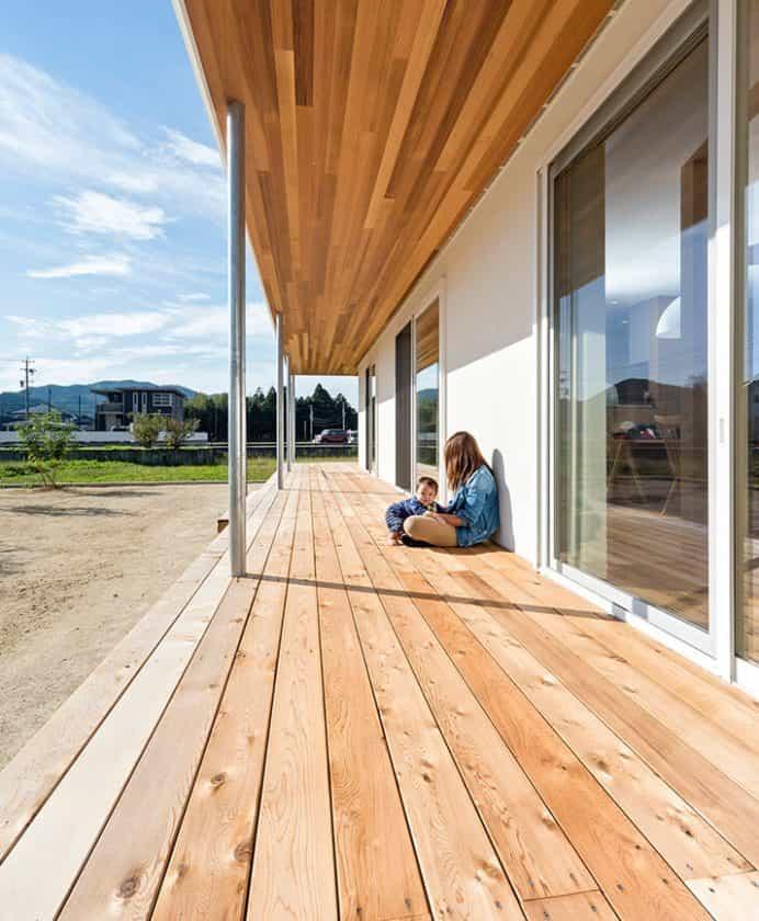 緑と風を感じる開放的な家